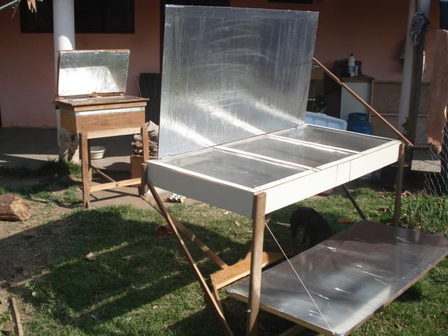 Forno solar de madeira